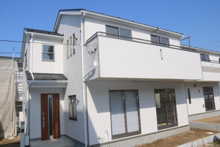 木更津市 清見台東2丁目 リビングと和室がつながる新築住宅