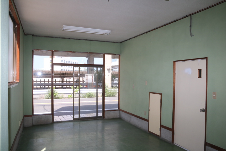 IF 事務室または店舗