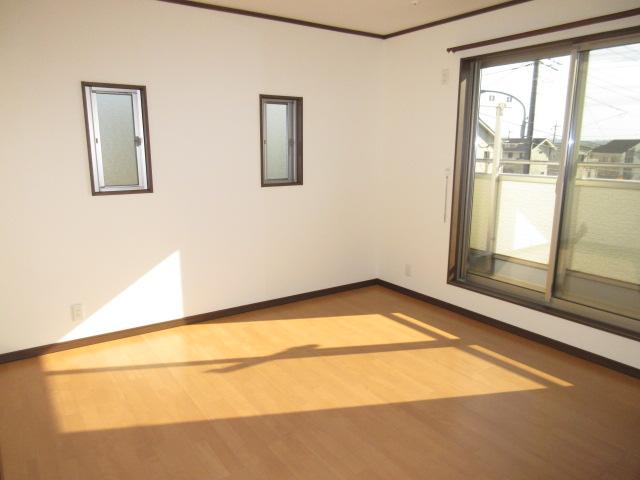 洋室 8帖 東南側角部屋